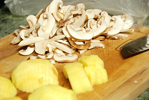 sliced mushrooms and chopped apple